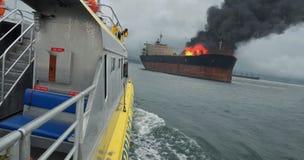Salvataggio della nave porta-container immagine stock