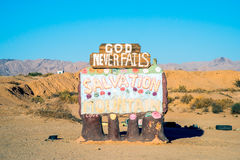 Salvation Mountain Sign - God Never Fails Royalty Free Stock Photos