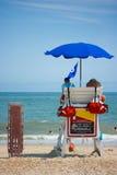 Salvavidas que miran la playa Foto de archivo libre de regalías