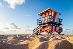 Salvavidas Tower en la playa del sur, Miami Beach, la Florida Foto de archivo libre de regalías