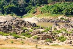 Salween flod på gränsen Thailand och Myanmar Arkivfoton
