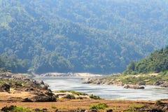 Salween flod på gränsen Thailand och Myanmar Arkivfoto