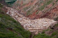 Salz-Bassins bei Maras, Peru stockfoto
