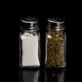 Salz- und Pfefferrüttler Stockfotos