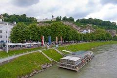 Salzach, museu da modernidade, Salzburg, Áustria imagens de stock royalty free