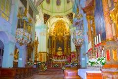 Salzburg Österrike - Maj 01, 2017: HelgonPeter Abbey Church inre Grundat i 696 är den ansedd av det äldst Arkivbilder
