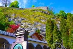 Salzburg Österrike - Maj 01, 2017: Hohensalzburg fästning, Salzburg på Österrike Royaltyfri Fotografi