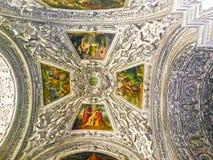 Salzburg Österrike - Maj 01, 2017: Inre av den Salzburg domkyrkan - detaljer Royaltyfria Bilder