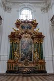 SALZBURG/AUSTRIA - 9月19日:Collegiat的内部看法 库存照片