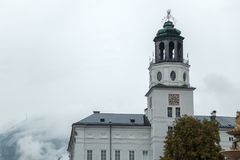 SALZBURG/AUSTRIA - 9月19日:Salzb的塔的看法 免版税库存照片
