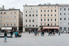 Residenzplatz in Salzburg stock photography