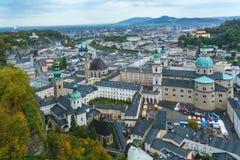 Salzburg, Austria - 21 de octubre de 2017: Visión desde Hohensalzburg Ca Fotografía de archivo