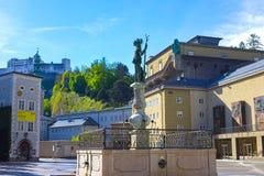 Salzburg Austria, Maj, - 01, 2017: Fontanny St Florian na Zmieniam Markt w Salzburg Austria Fotografia Stock