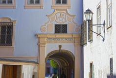 Salzburg Austria, Maj, - 01, 2017: Starzy budynki w Starym Grodzkim Salzburg Fotografia Stock