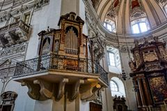 SALZBURG/AUSTRIA - SEPTEMBER 19 : View of an Organ in Salzburg C. Athedral in Austria on September 19, 2017 stock image