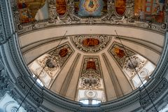 SALZBURG/AUSTRIA - 19 SETTEMBRE: Vista del soffitto in Salzbur immagini stock libere da diritti