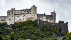 SALZBURG/AUSTRIA - WRZESIEŃ 19: Widok kasztel w Salzburg fotografia stock