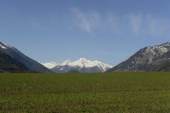 Salzburg _ En sikt av de alpina maxima till dalarna December 2014 Arkivfoton
