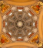 Wśrodku Salzburg katedry zdjęcia royalty free