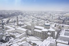 Salzburg-Kathedralen-Panoramablick lizenzfreie stockfotografie