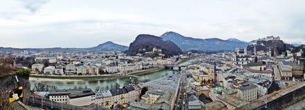Salzburg miasto w ptaków oczu widoku Obrazy Royalty Free