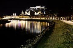 Salzburg na noite Foto de Stock