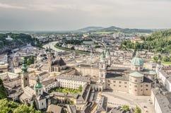 Salzburg och Salzauen från över Arkivbilder
