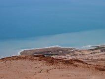 Salzige Küste des Toten Meers Lizenzfreie Stockfotografie