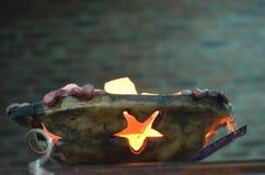 Salzlampen beleuchtet Lizenzfreies Stockfoto