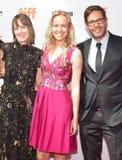 Samantha McIntyre, Lynette Howell Taylor en Terry Dougas wonen de première van ` bij Unicorn Store ` stock afbeelding