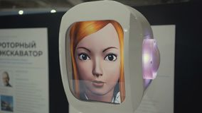 Samara, Ρωσία - 26 Απριλίου 2018: πόλη ρομπότ πόλη ρομπότ - διαλογική επιστημονική έκθεση των ρομπότ απόθεμα βίντεο