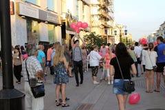 Samara, Rússia - 22 de agosto de 2014: animador com os balões para o qui Fotos de Stock