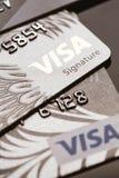 Samara, Rússia 25 de julho 2016: diverso close-up do cartão de crédito do visto Foto de Stock Royalty Free
