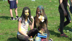Samara, Russie - 27 mai 2017 festival de Holi de couleurs Photographie stock libre de droits