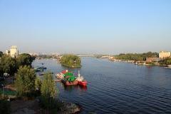 Samara Ryssland - Augusti 15, 2014: Volgaet River Fartygfloatin Royaltyfri Fotografi