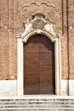 samarate Varese Italia della chiesa l'entrata ed il mosaico immagine stock