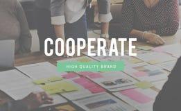 Samarbeta begreppet för överenskommelsesamarbetspartnerskap royaltyfri fotografi
