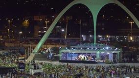 Samba School Scene alla parata dello stadio di carnevale di Sambodromo Fotografia Stock