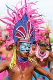 Sambadanser in een fiesta in Cartagena, Colombia Stock Foto's