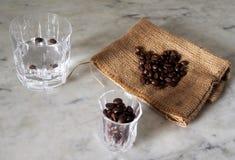 Sambuca com feijões de café Fotografia de Stock Royalty Free