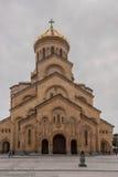 Samebakathedraal (Heilige Drievuldigheidskathedraal), Georgië, Tbilisi, mening van de buitenkant Stock Afbeeldingen