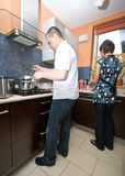Samen het koken Stock Fotografie