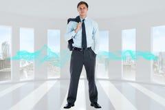 Samengesteld beeld die van ernstige zakenman zijn jasje houden Royalty-vrije Stock Afbeelding