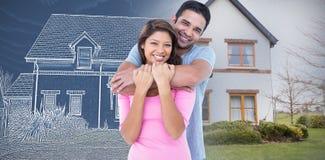 Samengesteld beeld die van gelukkig paar en de camera omhelzen bekijken stock foto's