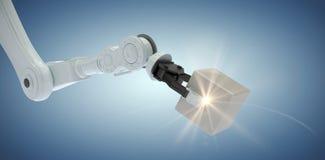 Samengesteld beeld van bebouwd beeld die van robotachtige hand metaalkubus 3d houden Stock Foto