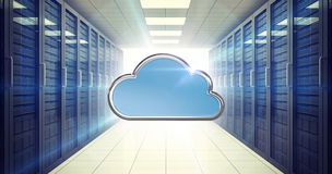 Samengesteld beeld van blauwe wolkenvorm op witte 3d achtergrond Stock Fotografie