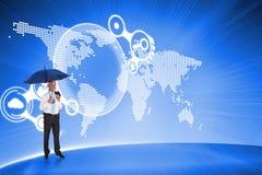 Samengesteld beeld van de gelukkige paraplu van de zakenmanholding Royalty-vrije Stock Foto's