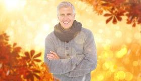 Samengesteld beeld van de toevallige mens in warme kleding Royalty-vrije Stock Foto's