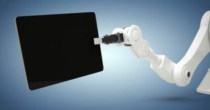 Samengesteld beeld van digitaal geproduceerd beeld die van robot digitale tablet 3d houden Stock Afbeelding