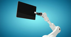 Samengesteld beeld van digitaal geproduceerd beeld van robot met digitale 3d tablet Royalty-vrije Stock Fotografie